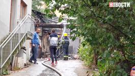 EKSPLODIRAO REZERVOAR NA AUTOMBILU: Požar na Mirijevu, vatra zahvatila i susednu zgradu