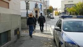 Privođenje Suzane Džonić u policijsku stanicu na ispitivanje