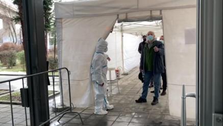 Na Beogradskom sajmu  traje masovna imunizacija protiv kovida-19