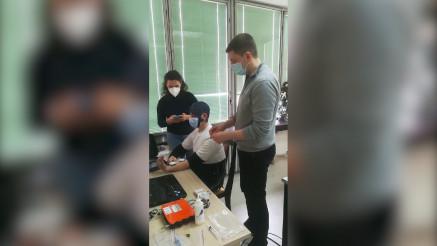 RAČUNAR POKREĆE NEPOKRETNU RUKU: Naši naučnici pomažu ljudima posle moždanog udara