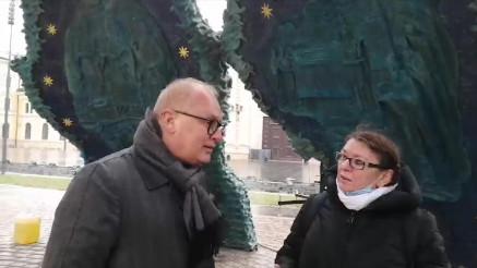 Obilazak spomenika sa Goranom Vesićem