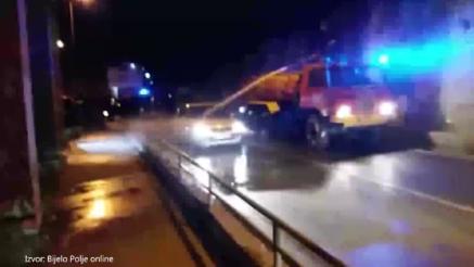 KOMITSKA KOLA ISPRSKANA IZMETOM: Vatrogasci peru vozila pristalica DPS-a