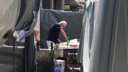 Radnici na gradilistu u Bulevaru ispekli vola na raznju
