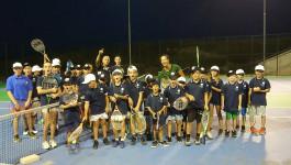 Lola Radivojević i mališani igrali tenis u Gračanici i klicali Novaku