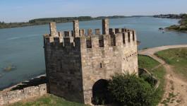 NAJVEĆA U EVROPI: Smederevska tvrđava od 15. veka odoleva napadačima i zubu vremena